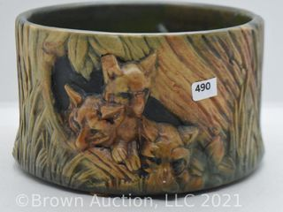 Mrkd  Weller Woodcraft 4 5 h x 7 d planter with foxes