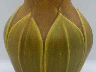 Roseville Early Velmoss 130 8  vase