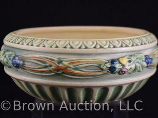 Roseville Corinthian 121 8  bowl