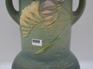 Roseville Freesia 126 10  vase  green