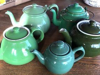 5  Green Teapots