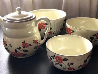 HallIJs Kitchenware Tea Pot   3 Bowls