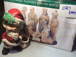 Nativity Scene   Cermaic SANTA