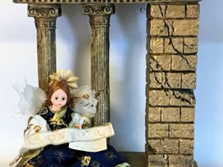 Madame Alexander Musical Creche with Peace on Earth Angel 19530  in original box    part of The Nativity Collection