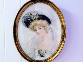 Vintage Antique Oval Framed Portrait of a Woman 12  x 15 5