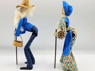 Folk Art Old Country Couple Fabric Dolls   9 tall excellent condition