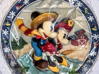 Enesco Corporation Disney s Mickey and Minnie Mouse Plaque Dated 1998