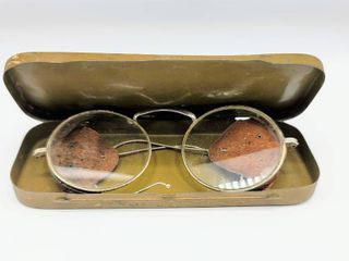 Vintage Willson Goggles with leather Side Shields in Original Tin Case