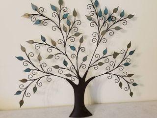 Metal tree decor 22  tall
