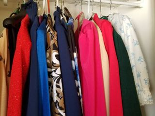 Womens dresses  pants  skirts  shirts and robes size xl  18 20