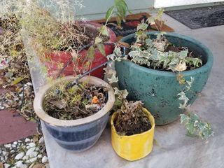 2 cement pots 14    15  dia and 2 pots
