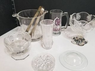 Assorted glass crystal pieces