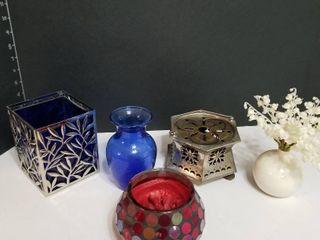Assorted decor pieces