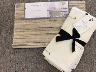 lOT  14 x72  Table Runner Neutral   Thresholda   Hearth   Hand with Magnolia Napkins   Set of 4  RETAIl  27 98
