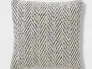 lOT OF 2 Square Knit Herringbone Throw Pillow Gray   Thresholda  RETAIl  39 98