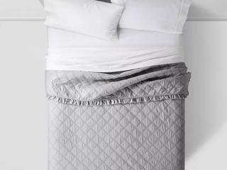 Vintage Washed Ruffle Quilt   Thresholda  King  Gray  RETAIl  79 99
