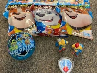PAW Patrol STOCKING STUFFER lot  3 Packs Glove A Bubbles  3 Action Figures  1 light Up Ball