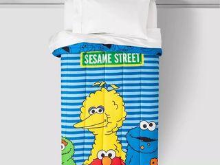 Sesame Street Full Color Block Comforter Blue   Red Plush Pillowcase  RETAIl  49 99