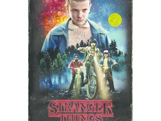 Stranger Things Season 1 Collectors Edition  Blu Ray  DVD   Poster  RETAIl  29 99