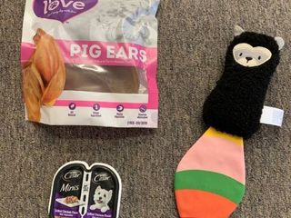 Dog lot  Paw love Pig Ears Treats  Racoon Toy   Wet Dog Food