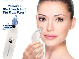 Dermasuction Blackhead Remover Device  RETAIl  19 99