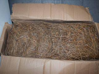 Box Premium long Needle Pine Stray   Box measures 28  x 14  x 12
