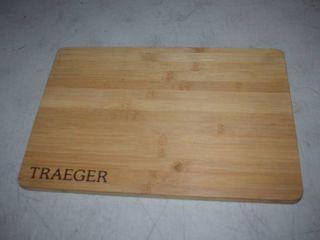 Traeger Magnetic Bamboo Cutting Board 9 1 2  x 13 3 4
