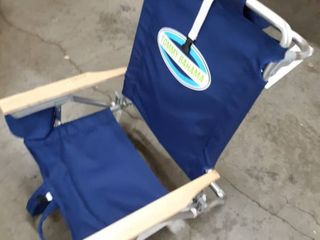Tommy Bahama 5 position Classic lay Flat Folding Backpack Beach Chair   Navy