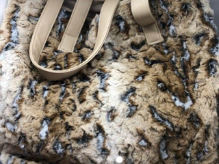 Faux Fur Tote Bag with 32x60  lap Throw