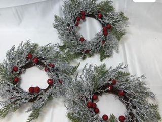 Set of 3 Iced Branch and Berry 10  Rings