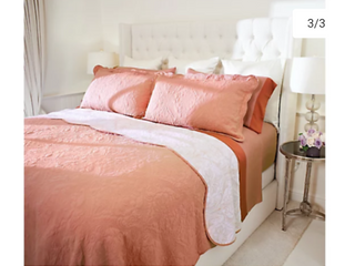 Queen Size Casa Zeta Jones Reversible Cotton Coverlet Set Coral   NEW