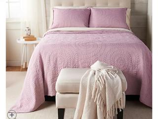 Queen Size Casa Zeta Jones Reversible Cotton Coverlet Set Ashes of Roses   NEW