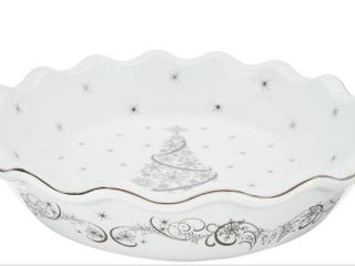 Temptations 9  Metallic Pie Plate with gift box Christmas Eve