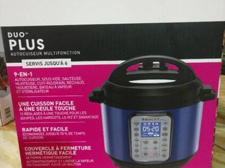 Instant Pot 6 qt Duo Plus 9 in 1 Pressure Cooker With Glass lid Blue   B