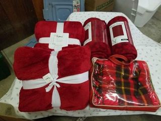 5 RED THROW BlANKETS