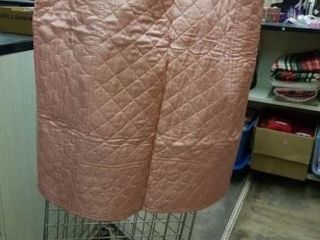 VINTAGE QUIlTS  1 IS QUIlTED AND 1 IS CROSS