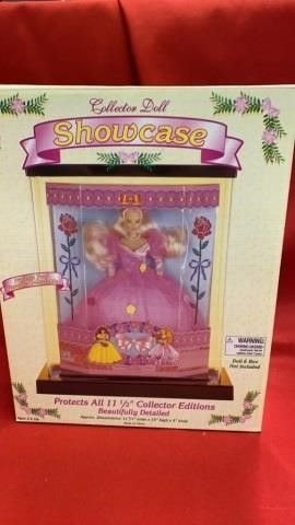 COllECTORS DOll SHOWCASE   NEW IN PKG   DOll NOT
