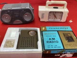 PENNCREST AM RADIO  AlARM ClOCK AND PORTABlE