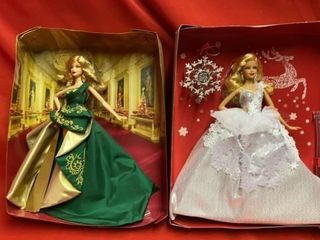 2 HOlIDAY BARBIES IN BOX BUT MISSING FRONT PANEl