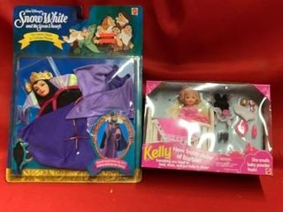 KEllY  BARBIES BABY SISTER AND SNOW WHITE QUEEN