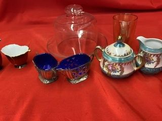 3 SETS IF CREAMER AND SIGARS   CHEESE DOME PlATE