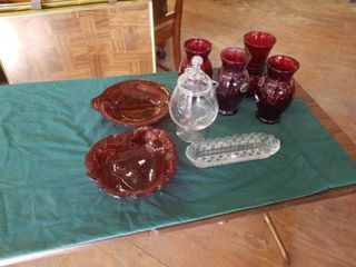 4 ROYAl RUBY ANCHORGlASS VASES  PICKlE DISH  RUBY