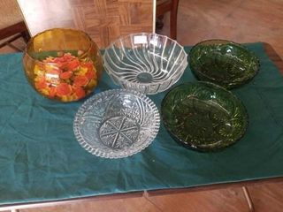 2 GREEN BOWlS  2 GlASS BOWlS  BOWl WITH FlOWERS