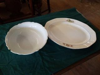 ROYAl IRONSTONE CHINA BOWl WITH A CHIP  lARGE