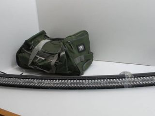 lot of 2  Travel bag and lED light bar for vehicle