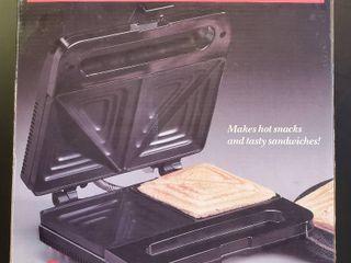 Salton Snack N Sandwich Maker