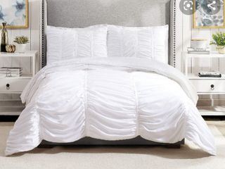 Modern Heirloom Collection Full Queen Size White Comforter Set