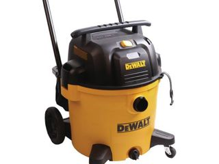 DEWAlT 14 Gal  Poly Wet Dry Vac  Yellows   Golds