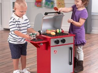 Step2 Grillin  Up Goodness Wood Grill   Pretend Play Grilling Toy   Realistic Interactive Knobs