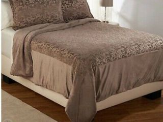 Dennis Basso Royal Ivy Sheared Mink Fl QN Comforter and Sham Set Taupe
